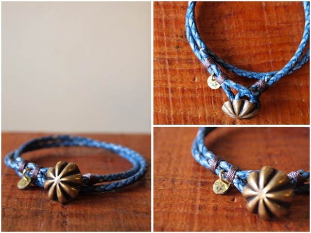 Button Works (ボタンワークス) Leather Bracelet-Light Blue