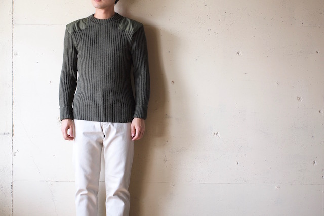 Wooly Back Commando Sweater Crew Neck with Patches Olive-2